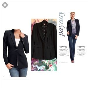 🔥NWT!! CAbi city blazer great deal!! 🔥